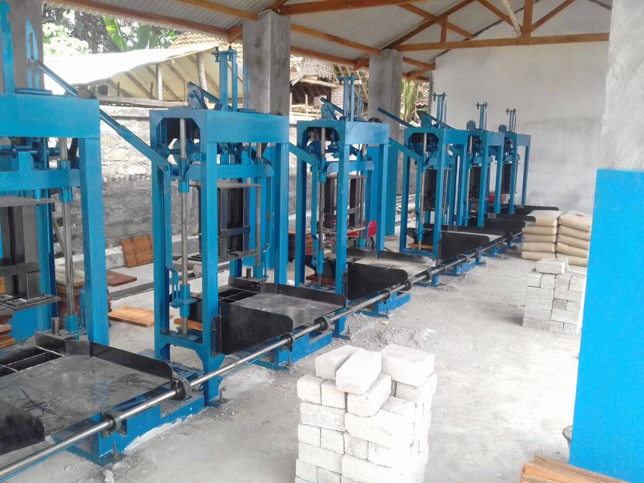 Jual mesin paving blok manual di Batam