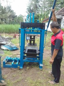 Jual mesin paving block dan press batako