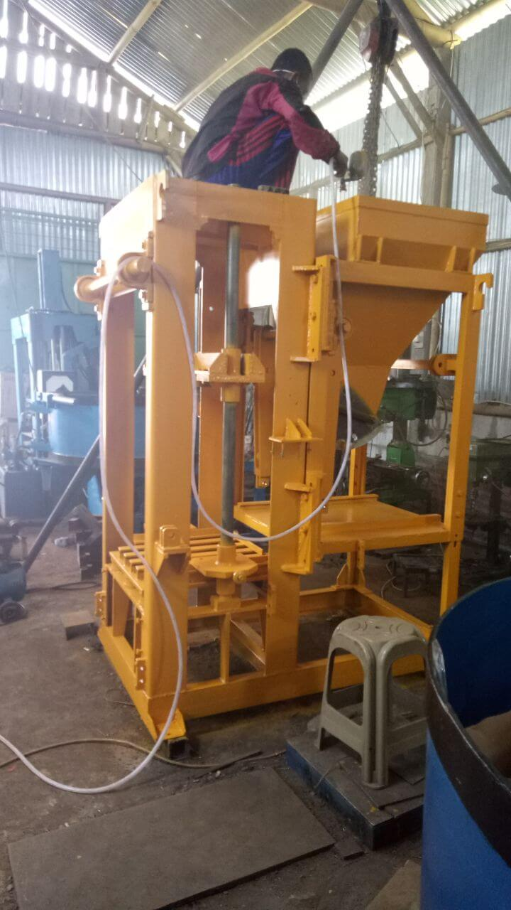 Jual mesin press batako di Nganjuk,